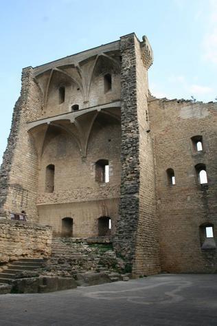 Chateauneuf du Pape, France - ruins