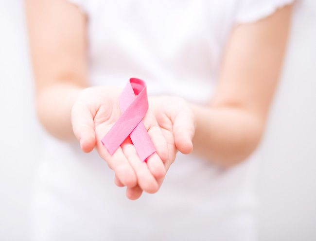 5 Beautiful Ways To Support Breast Cancer Awareness Month | UrbanMoms