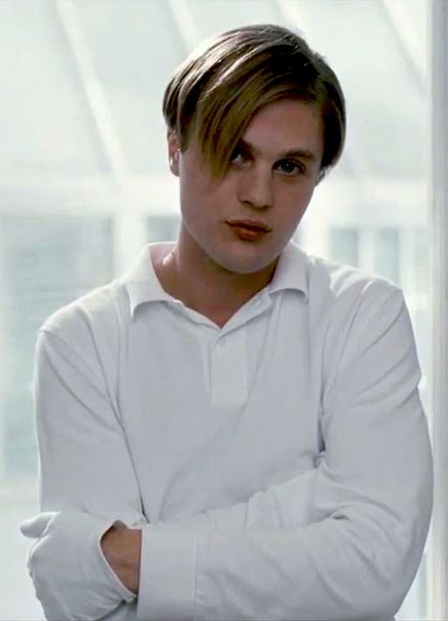 Michael Pitt as Paul in 'Funny Games' 2007.