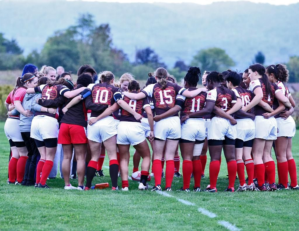 The Brown Women S Rugby Team Are 2014 Ivy 15s Champions Http Www Ivyrugby Com Tournament Brown Prevails At Ivy 15s Championshi Womens Rugby Rugby Team Women