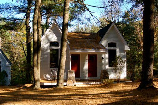 Sleepy Pine Cottages, cedar lake estates. Port Jervis, NY