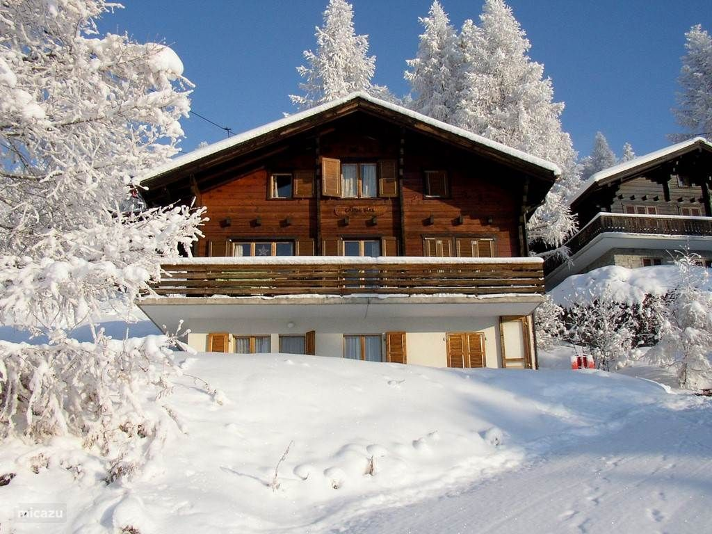 Vakantiehuis Gardevias, Bellwald, Wallis, Zwitserland.  https://www.micazu.nl/vakantiehuis/zwitserland/wallis/bellwald/gardevias-18229/