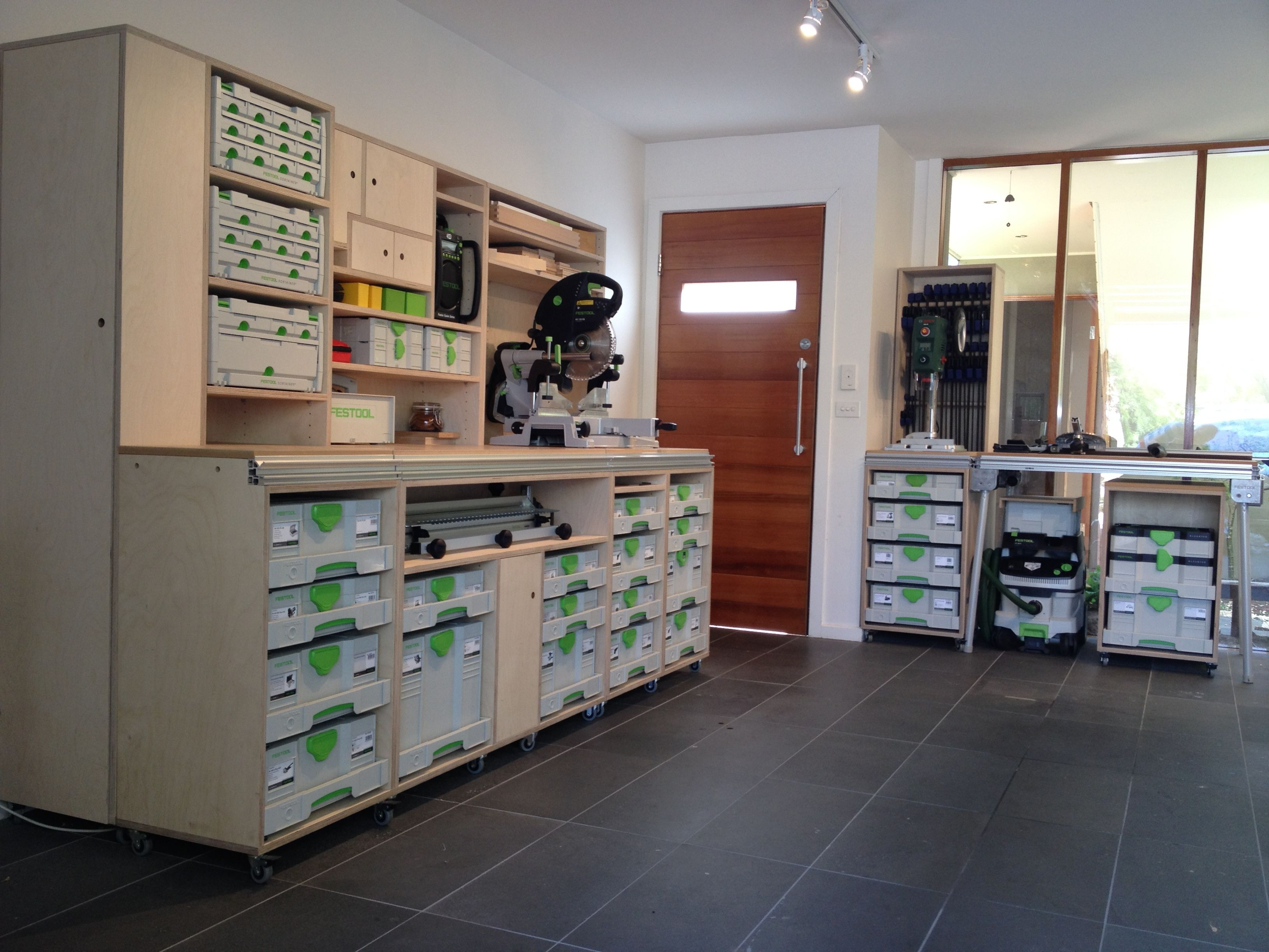 wall unit using sys az festool sysport pinterest werkstatt werkzeuge und holzwerkstatt. Black Bedroom Furniture Sets. Home Design Ideas