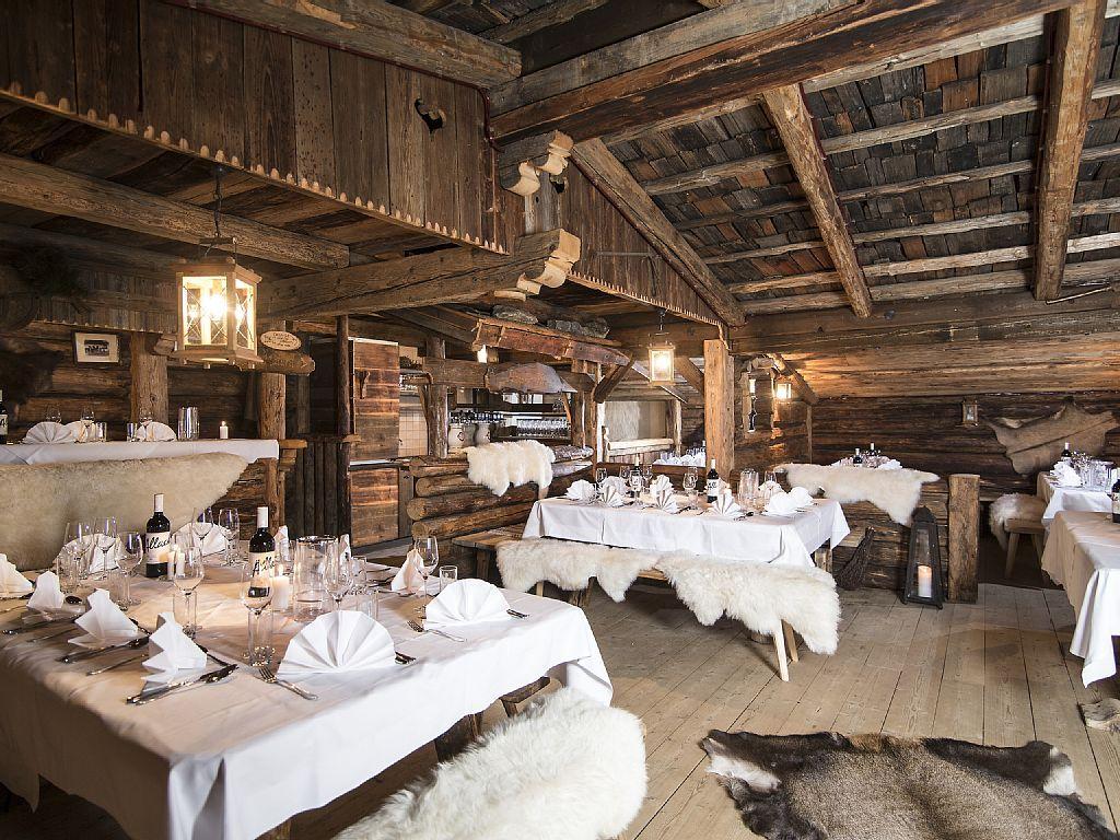 bischofer-mountain-spa im alpbach: 10 schlafzimmer, für bis zu 21, Schlafzimmer entwurf