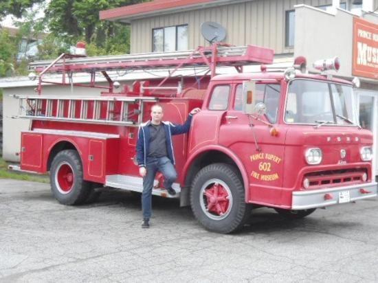 1958er Ford C 900 Fire Truck Fire Trucks Fire Rescue Rescue