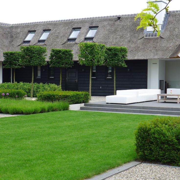 736 736 huis en interieur pinterest gardens - Landscaping modern huis ...