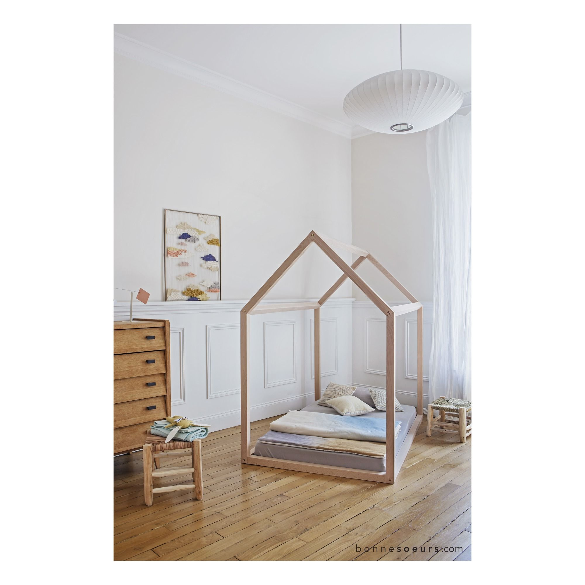 childrens house bed
