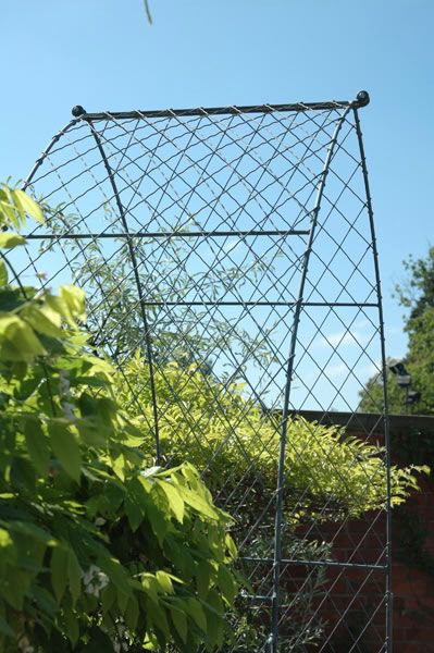 English Wirework Gothic Garden Arch Requisites Http Www Co Uk