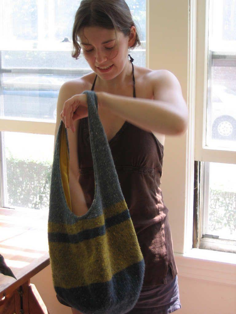 Free Knitting Pattern: Infamous Hobo Bag | Knitting/Crochet ...