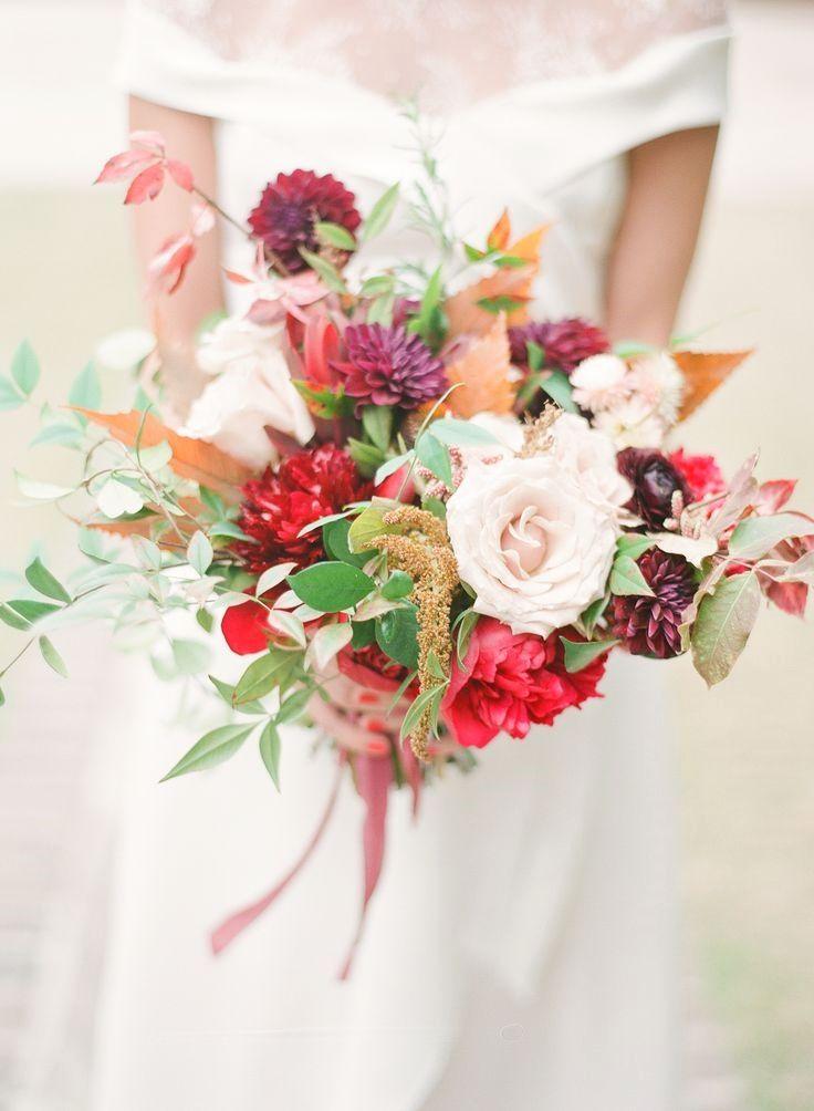 Amazing Red Wedding Bouquets #fantasticweddingbouquets