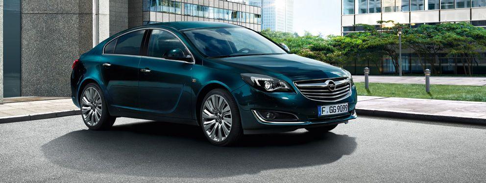 Ny Opel Insignia 5-dørs i Emerald green | Opel Insignia ...