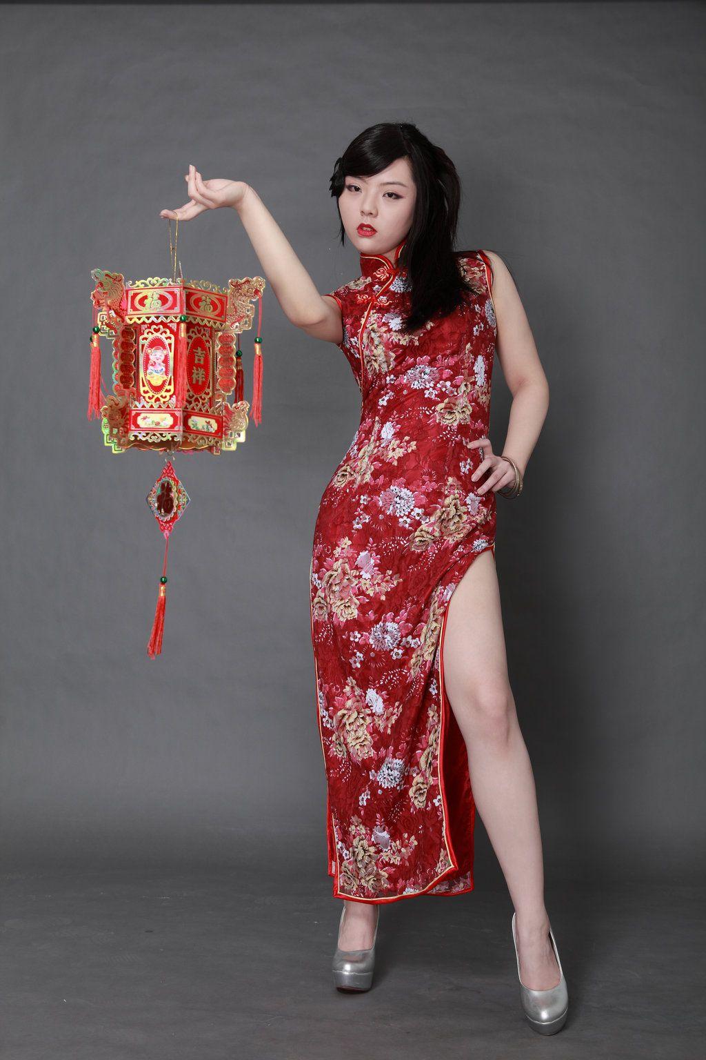 chinese-dress-masturbate