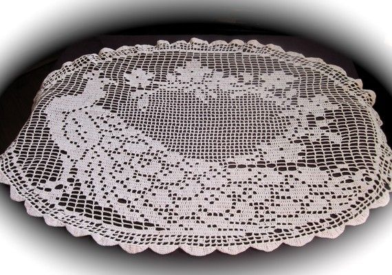 Antique Crochet Lace Peacock Doily Tablecloth Oval Doily | Pfau ...