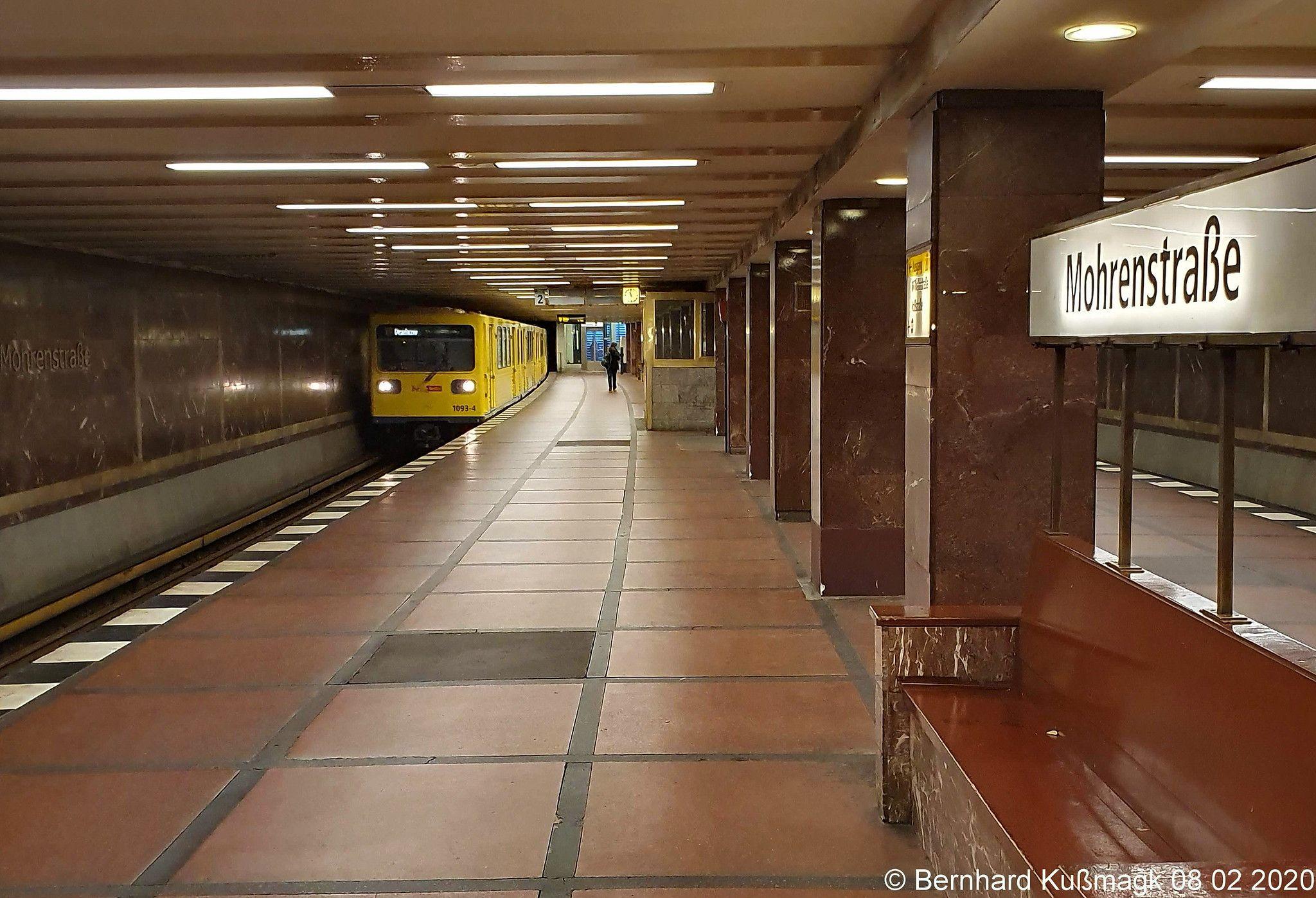 Europa Deutschland Berlin Mitte U Bahnhof Mohrenstrasse U Bahn Linie U2 In 2020 Underground Cities Underground Berlin