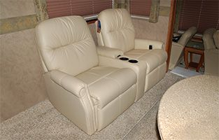 Charmant RV Furniture For Your Rv Or Motorhome Including Rv Furnishings By Flexsteel,  Villa, Mariner And Lafer Recliners.