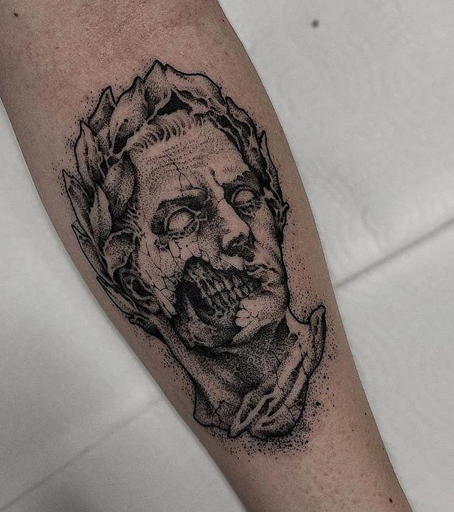"ARTES OBSCURAE - DARK ARTS on Instagram: ""Crazy talented! All Free Hand 😮 ➖➖➖➖➖➖➖ 𝕬𝖗𝖙𝖎𝖘𝖙 𝖘𝖕𝖔𝖙𝖑𝖎𝖌𝖍𝖙: @jolies.tattoo ✒ ➖➖➖➖➖➖➖ 𝕱𝖔𝖑𝖑𝖔𝖜 @artesobscurae 𝖋𝖔𝖗 𝖙𝖍𝖊 𝖇𝖊𝖘𝖙 𝖆𝖗𝖙𝖎𝖘𝖙𝖘 𝖔𝖓 𝕴𝖓𝖘𝖙𝖆𝖌𝖗𝖆𝖒…"""