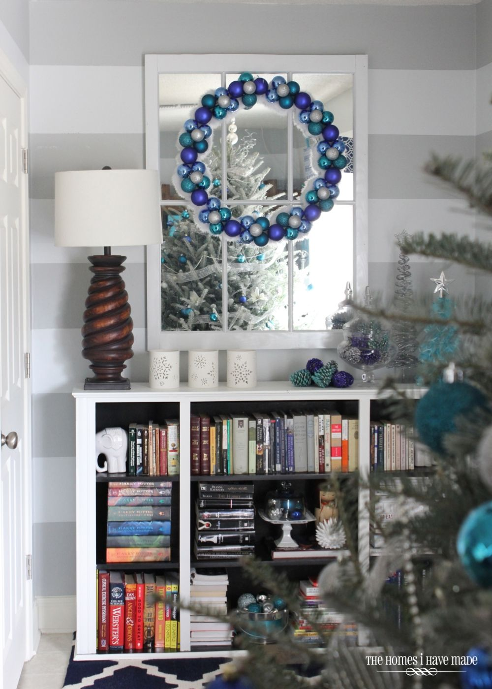 A Turquoise Blue And Silver Christmas