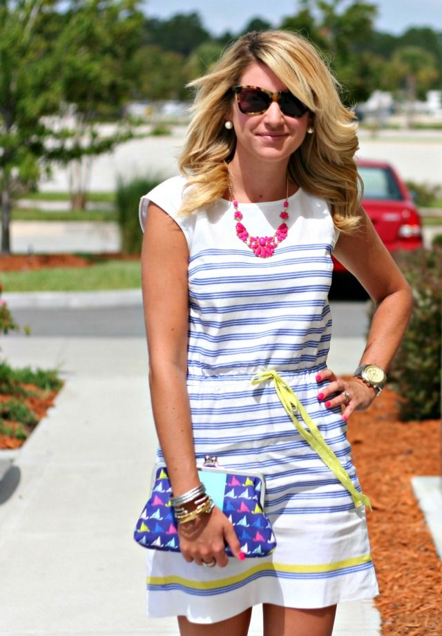 @Just Dandy by Danielle models her Starboard Tack Clutch in her Outfit of the Day! tipsyskipper.com