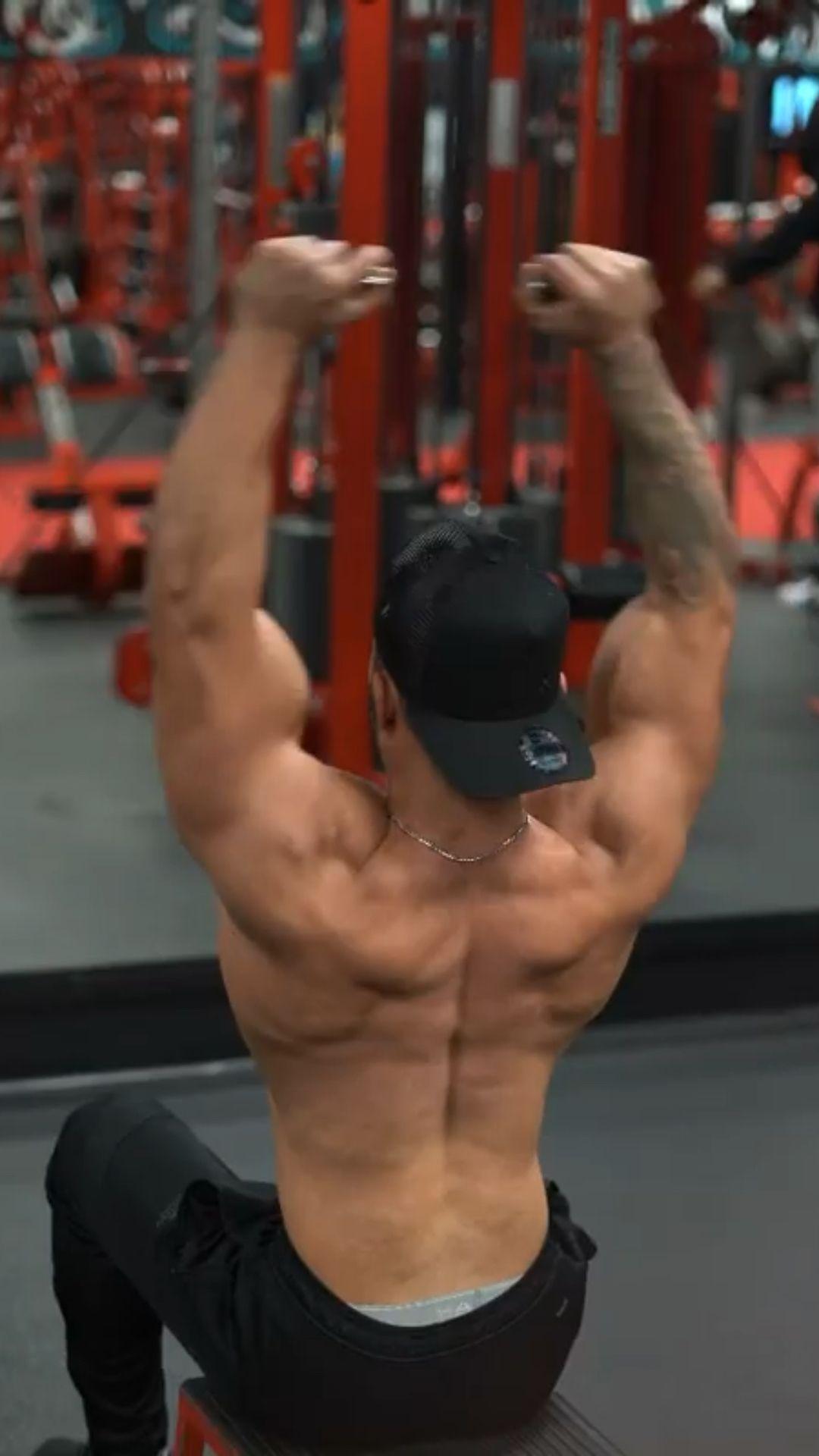 Absolute brutal shoulder workout 😈  The most underrated shoulder exercise is_________?