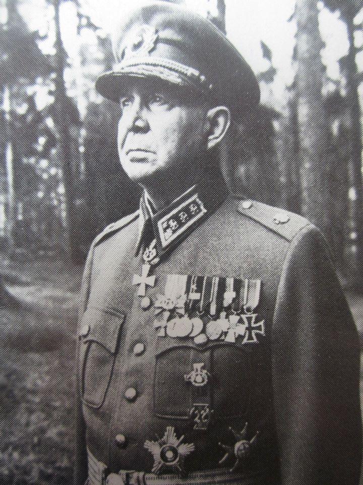 Jalkaväenkenraali Paavo Talvela,Kuninkaallisen Preussin jääkäripataljoonan 27,käynyt Mannerheim ristin ritari nro.2