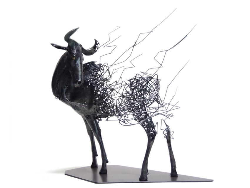 Steel Wire Sculptures by Japanese artist Tomohiro Inaba | Japanese ...