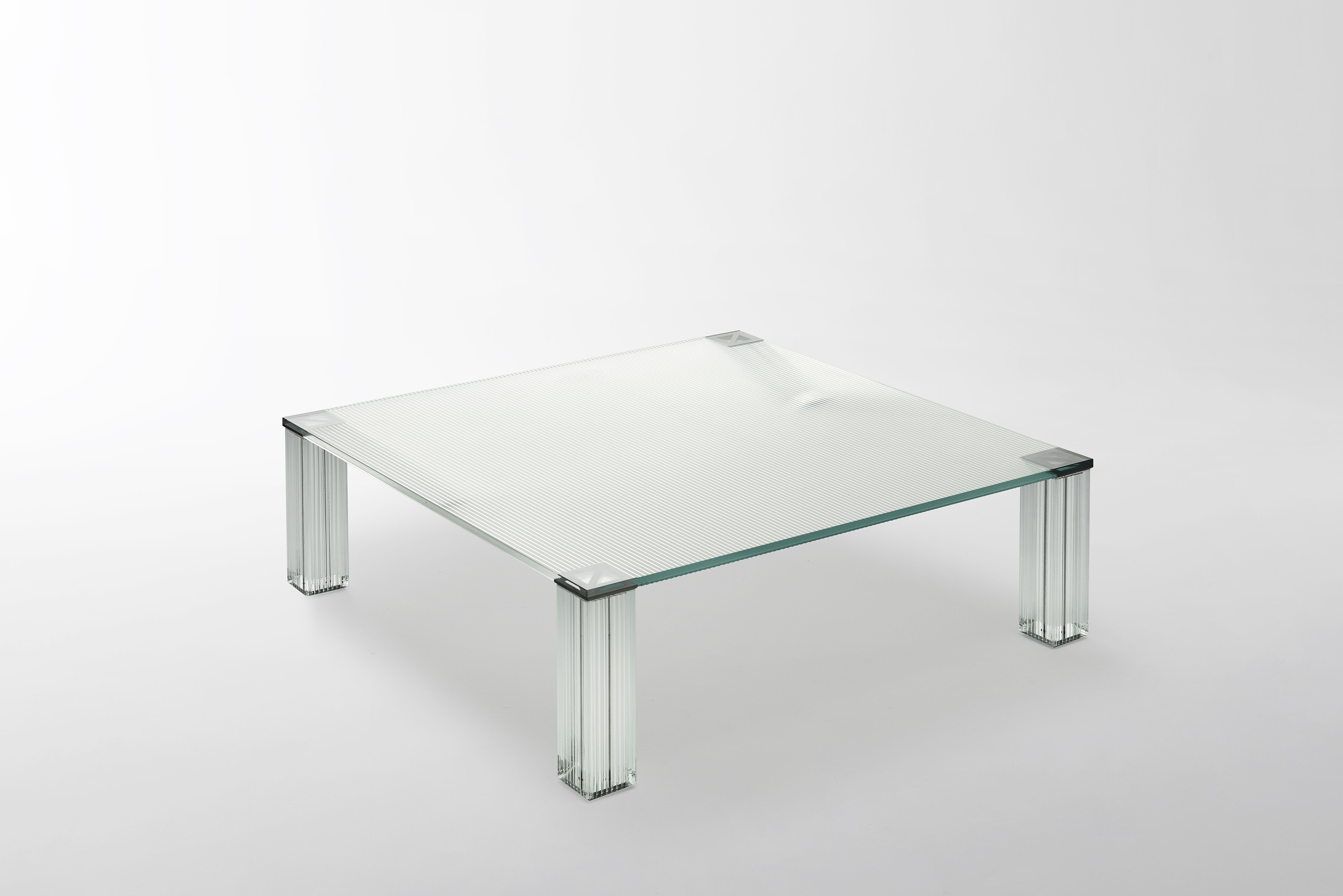 CRYPTÉE Design Jean Nouvel GLAS Italia Table design
