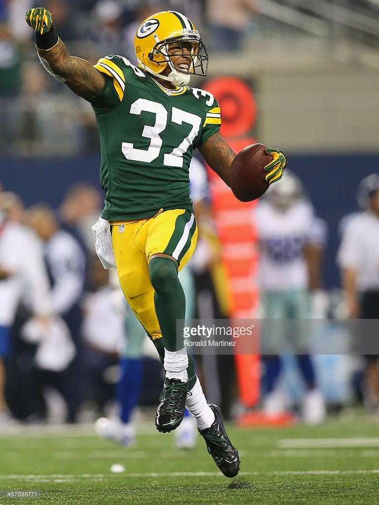 Cornerback Sam Shields Of The Green Bay Packers Celebrates A Fourth Green Bay Packers Green Bay Packers