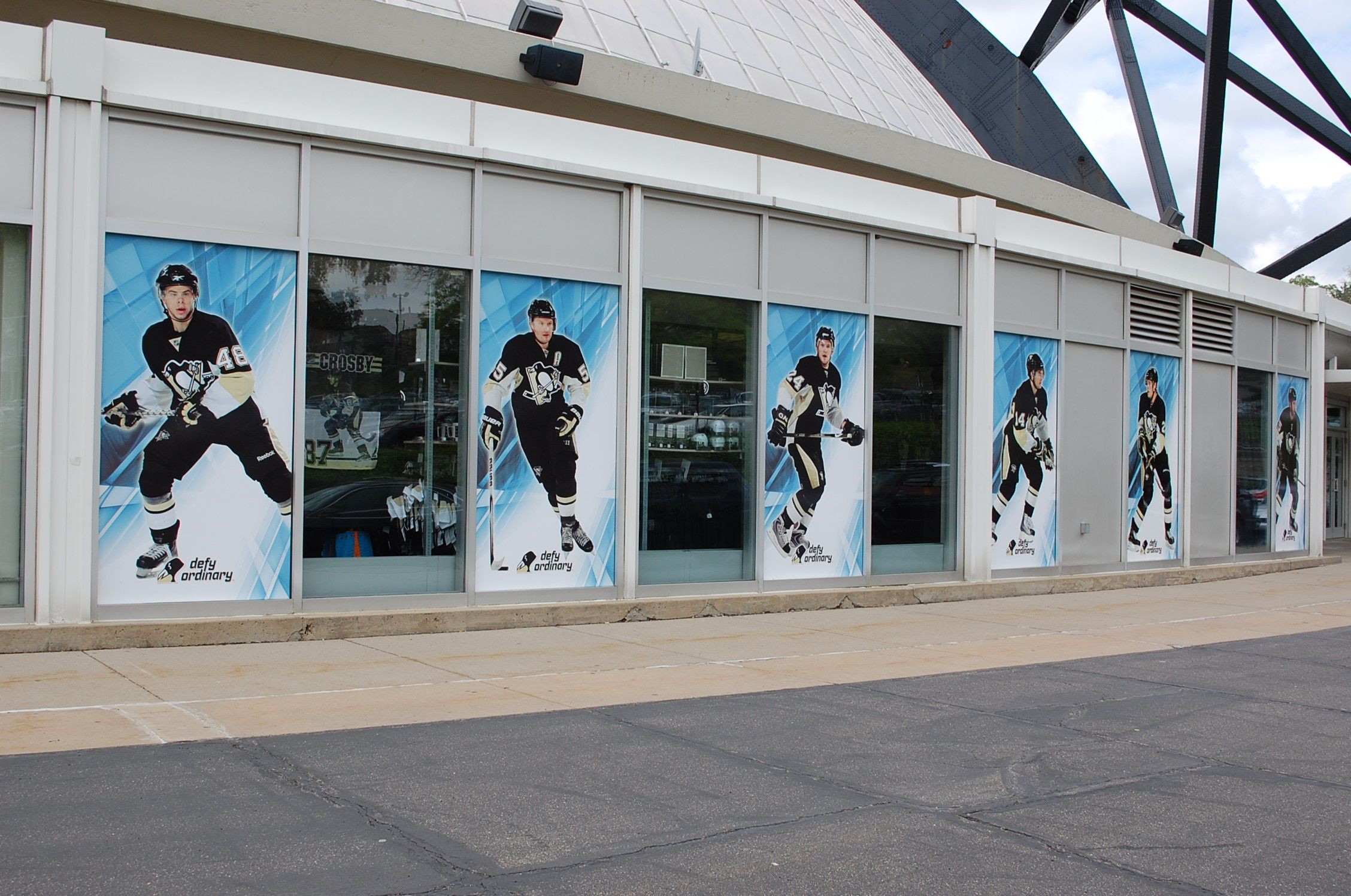Exterior Windows 3M™ Scotchcal™ Graphic Film with Comply™ Adhesive ...