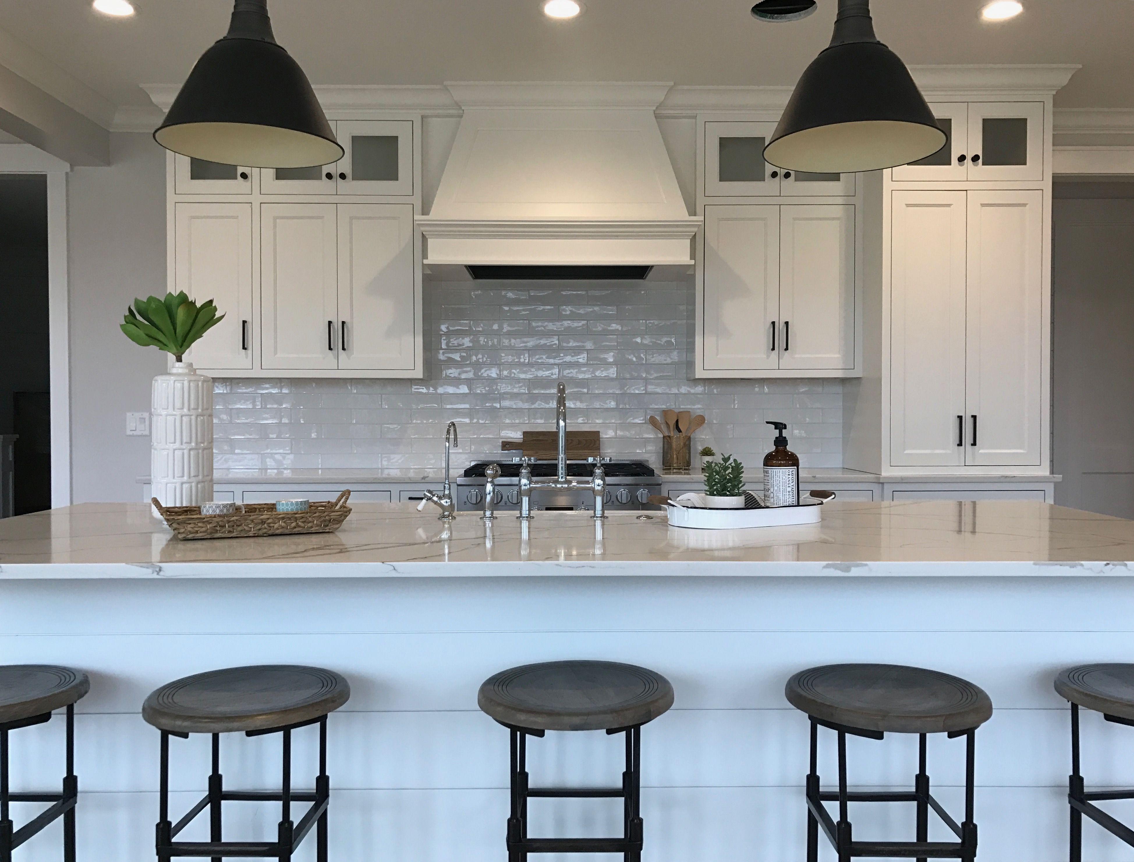industrial farmhouse kitchen kitchen farmhouse decor. Black Bedroom Furniture Sets. Home Design Ideas