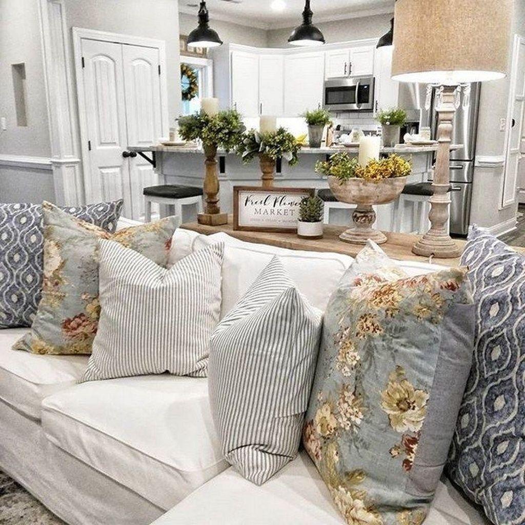 20 cool farmhouse living room decor ideas you must have on modern farmhouse living room design and decor inspirations country farmhouse furniture id=23026