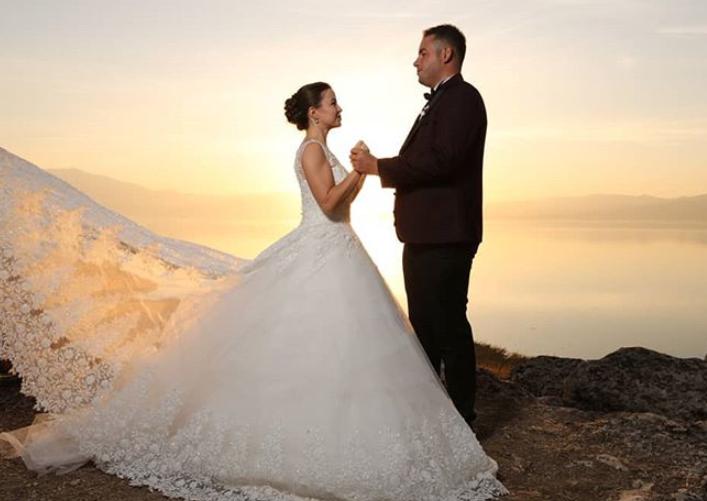 Eine Russisch Turkische Hochzeit Mit Einem Hochzeitsmoderator Tamada Turkische Hochzeit Internationale Hochzeit Hochzeit