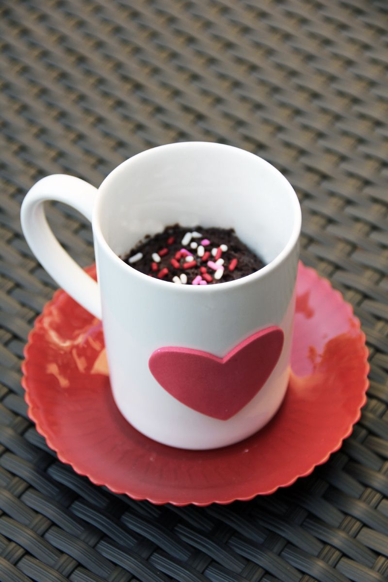 Studio DIY Party: Cake in a Cup free printable edible DIY Valentine's Day cards
