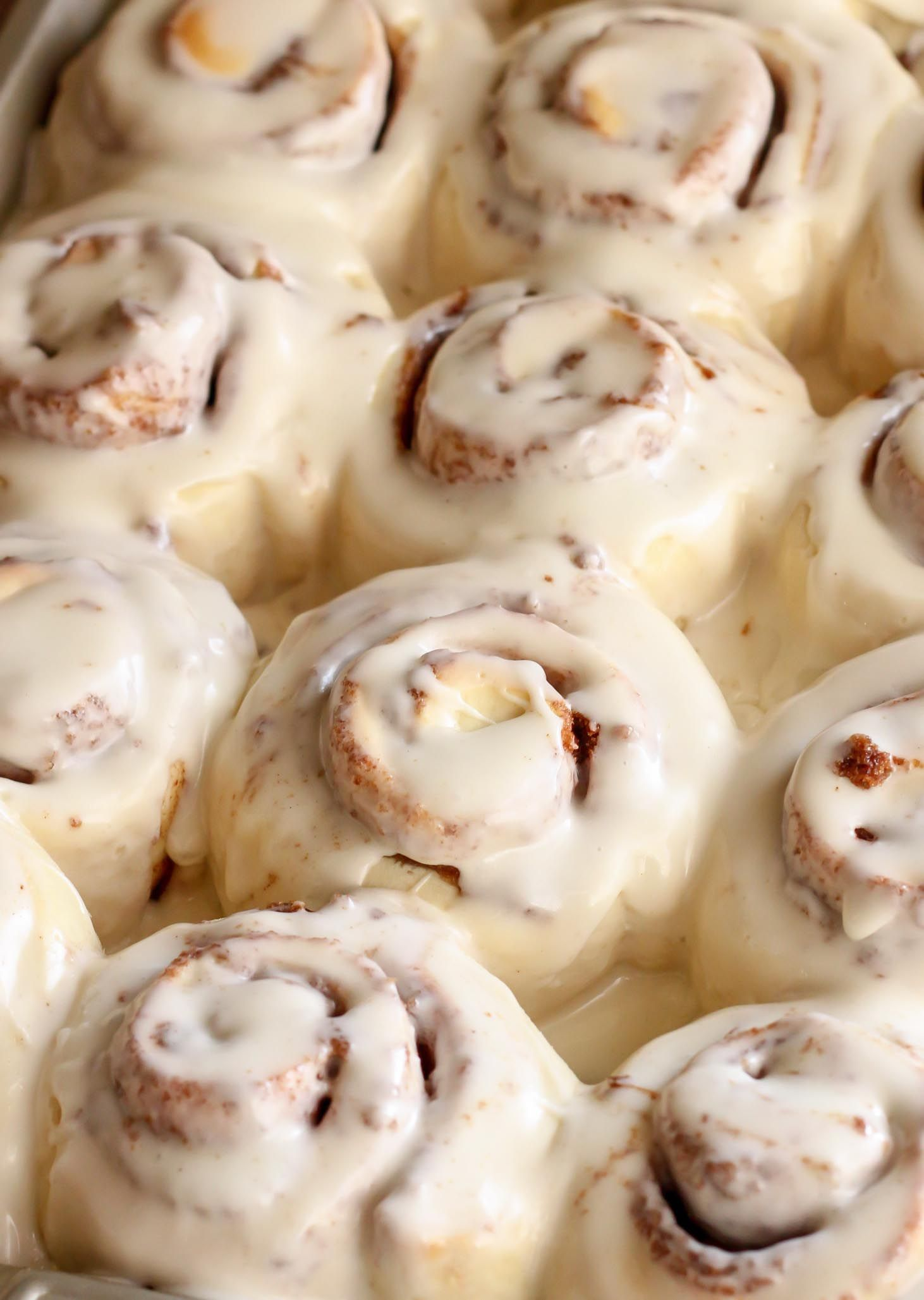 Easy Cinnamon Rolls is part of Cinnamon rolls recipe - Delicious One Hour Cinnamon Rolls with homemade cream cheese frosting  These rolls are super soft and result in a quick, mouthwatering cinnamon treat that is delicious any morning or holiday