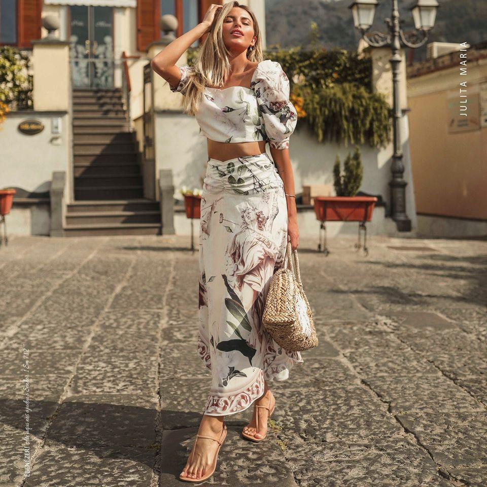 Fluidez e leveza para um look super fashion e romantico lorenacarvalhod Acesse br Tire suas dúvidas pelo Chat online ou WhatsApp 44 30390023