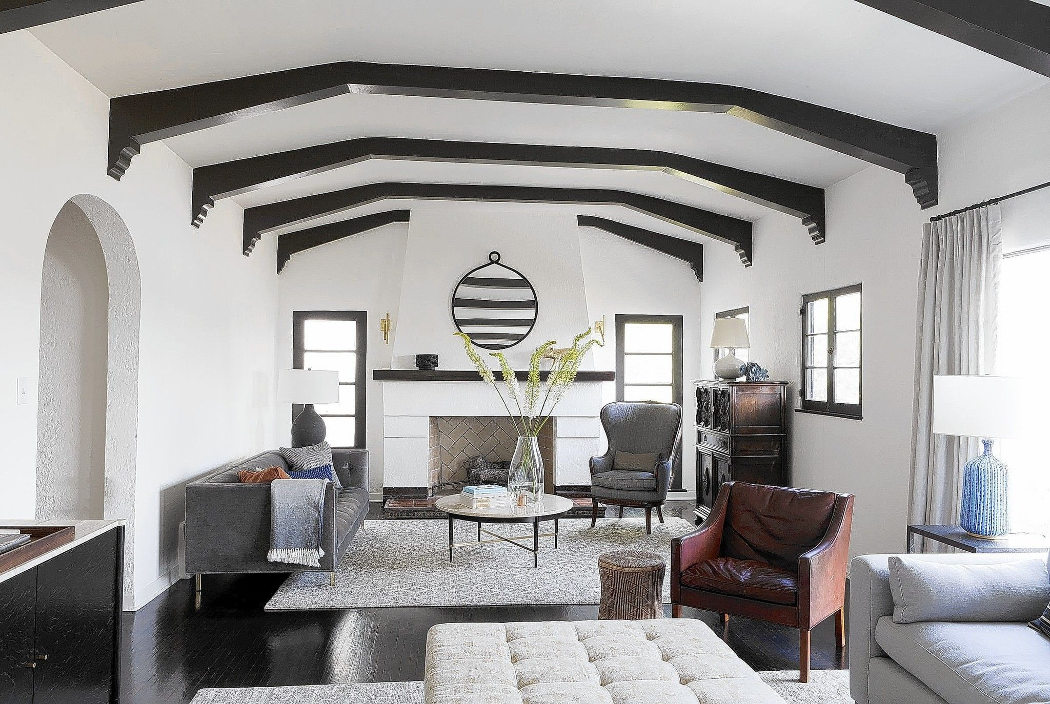 Pin By Bryn Dunn On Living Room Spanish Style Homes