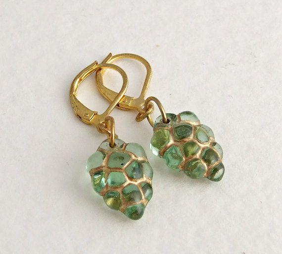 Green Grapes Earrings .. peridot green earrings by beadishdelight