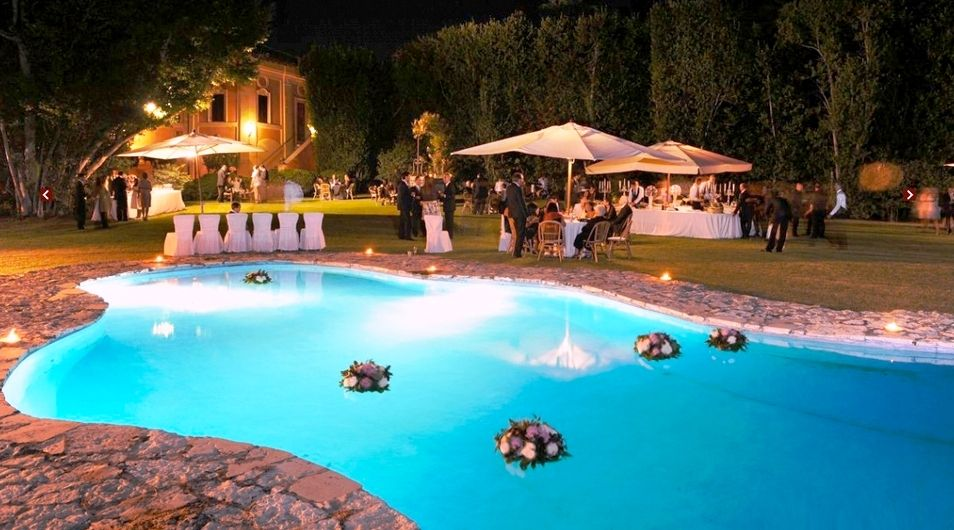Pool Wedding Ideas pool wedding ideas 20 Pool Wedding Decoration Ideas To Try On Your Wedding