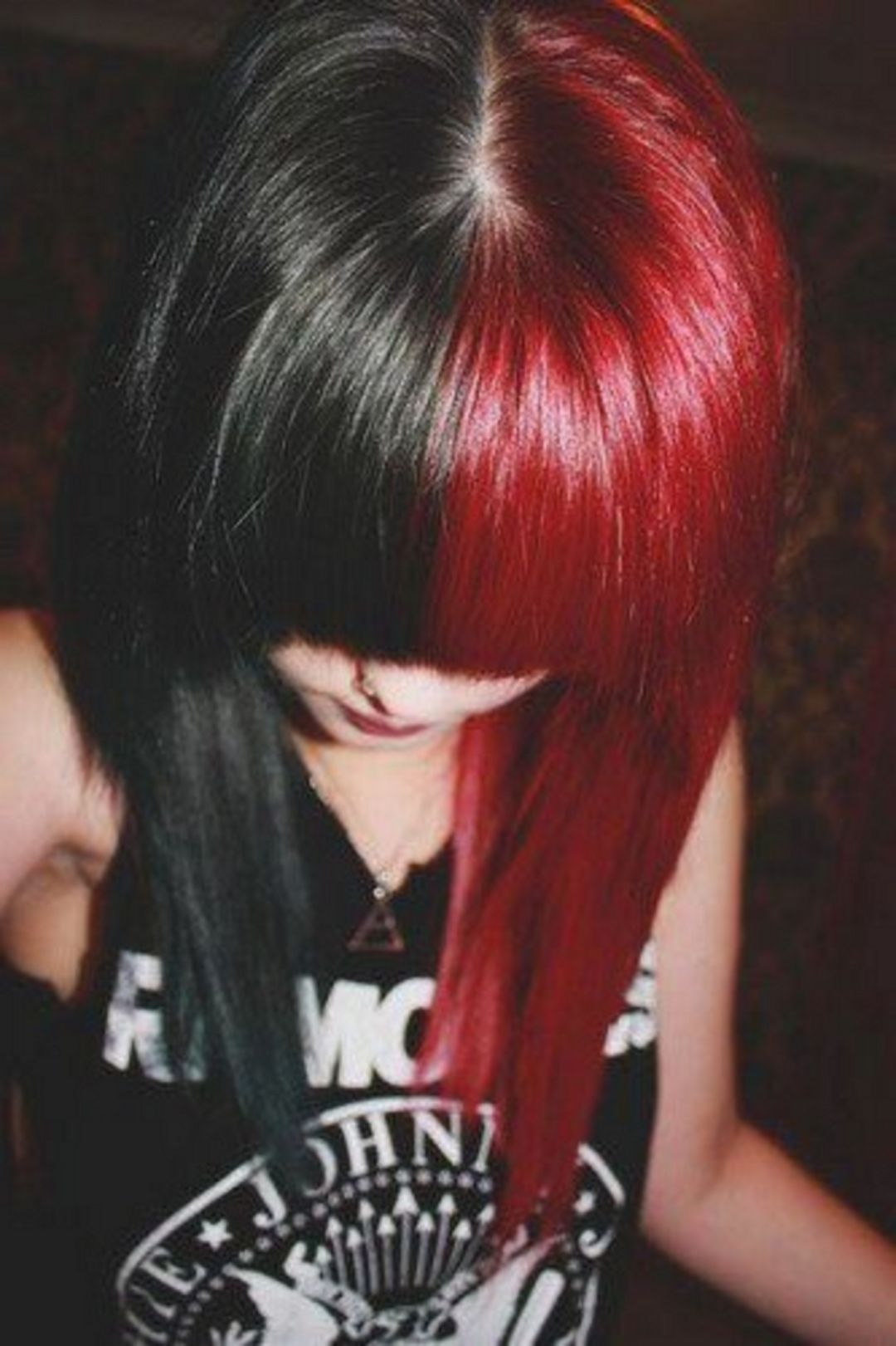 Lovely 35 Unique Half And Half Hair Color Ideas For Cute Women Http Uniqlog Com 35 Unique Half And Half Hair C Hair Styles Half And Half Hair Black Red Hair