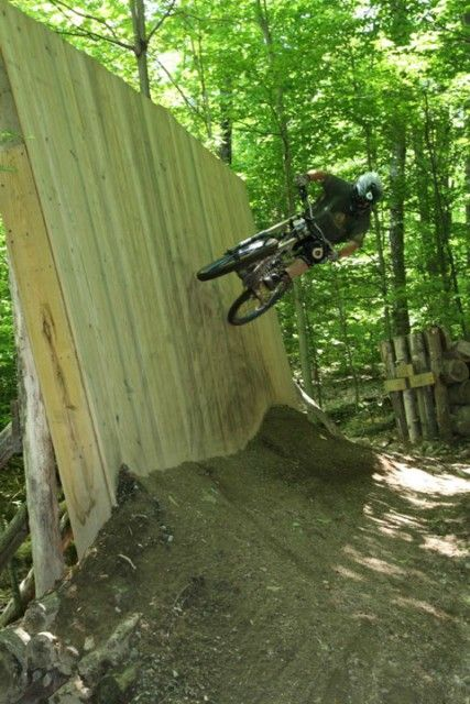 Expert Riding At Whiteface Bike Park Mountain Bike Trails Freeride Mountain Bike Downhill Mountain Biking