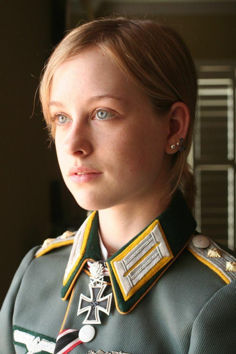 mujer deutsch