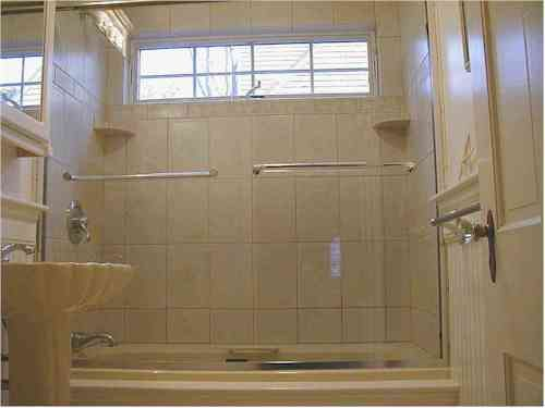 Windows Just Above Shower Window In Shower Small Bathroom Window Bathroom Windows