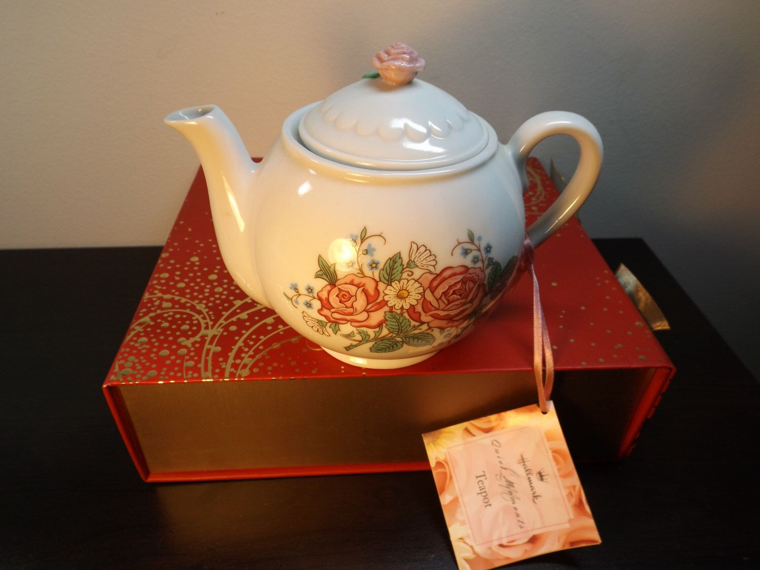 Vintage porcelain teapot or coffee pot ,made in Sri Lanka,signed on the bottom, great for any occasion.New old stock by HuntWithJoy on Etsy https://www.etsy.com/listing/216453843/vintage-porcelain-teapot-or-coffee-pot