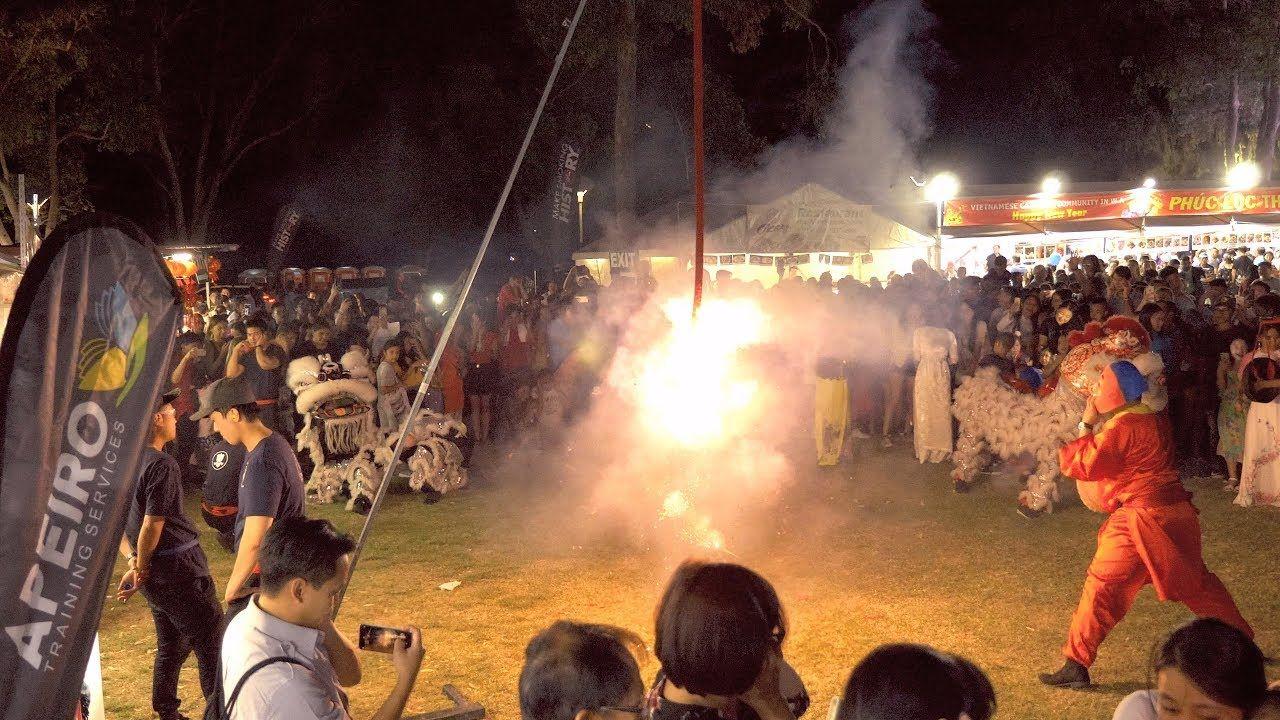 Lion Dance 1 2019 Lunar New Year celebration Hội Chợ Tết