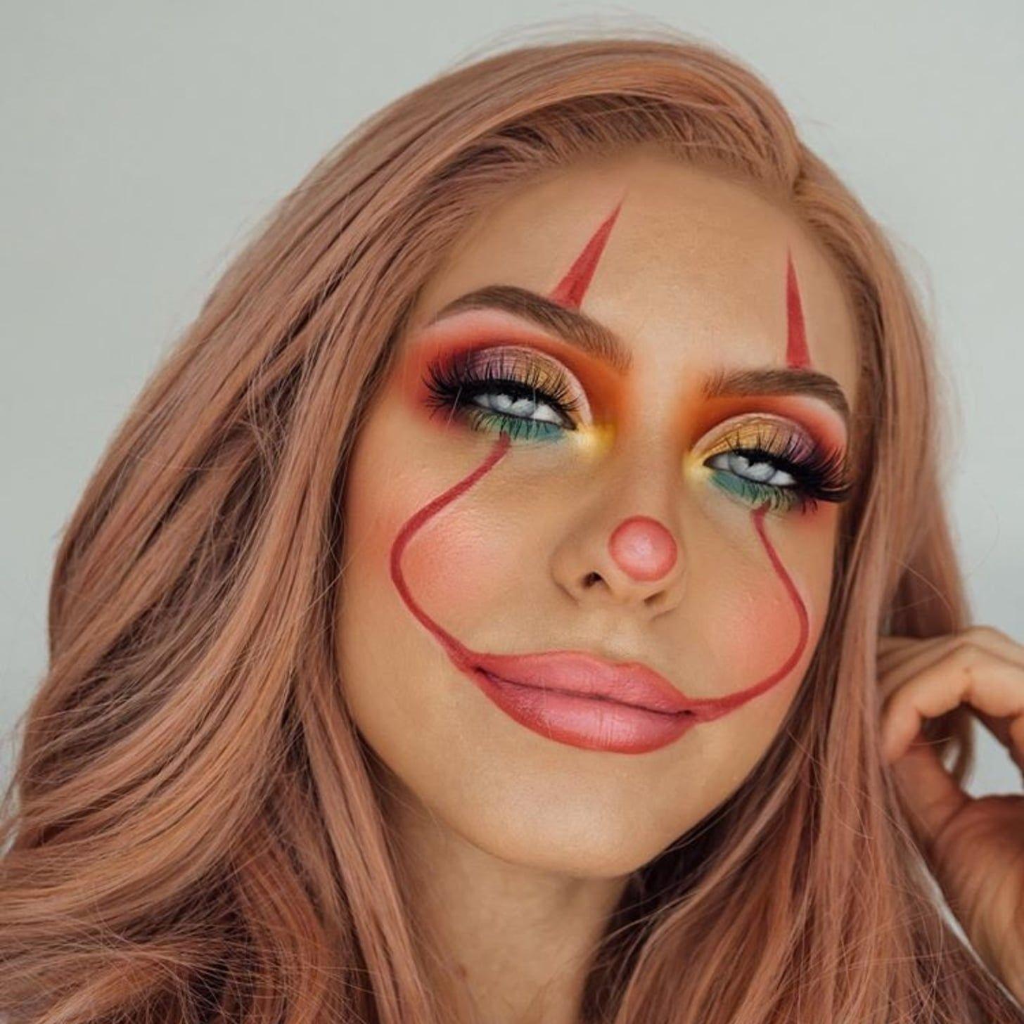 Pretty Clown Halloween Makeup Is Trending on Pinterest