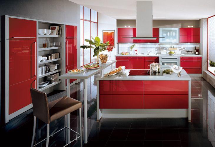 Küche in Rot #Wohnküche #Designerküche www.dyk360-kuechen.de ...