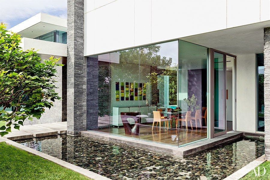 Sports Broker Stephen Dubin S Contemporary Beverly Hills Home Beverly Hills Houses Summit Homes Indoor Outdoor Living
