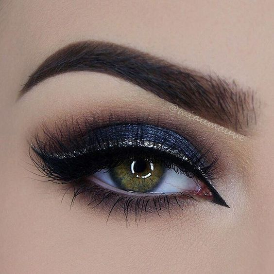 Perfect Navy Blue Glittery Eye Makeup Blue Paint Blue Makeup