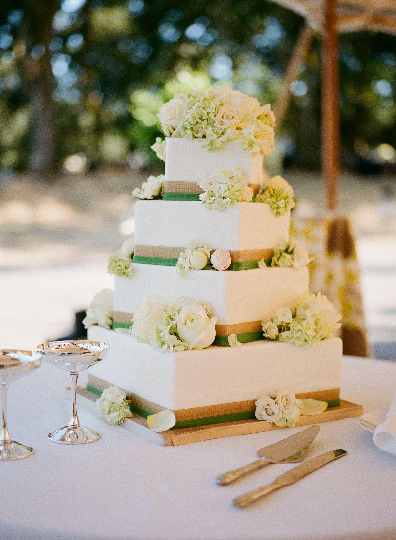 Square Wedding Cake | Meg Smith Photography | Theknot.com