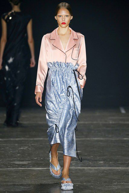Apartamento 03 | Spring 2017 Ready-to-Wear Collection - São Paulo | Vogue Runway