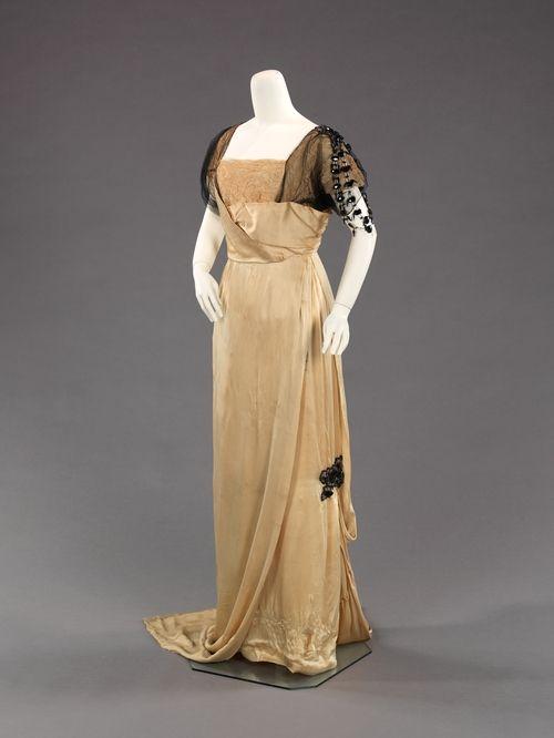 Evening dress  -  1910-12